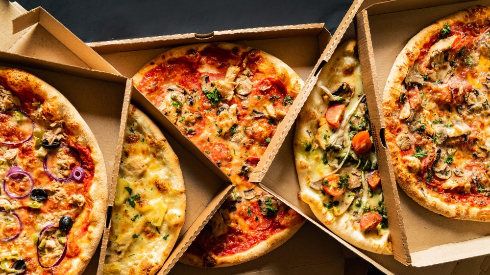 Deliveroo solve the recycling problem for their pizza boxes