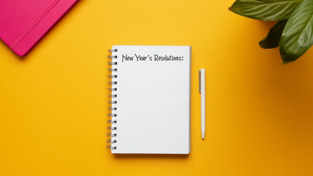 How To Keep Your New Year's Resolutions Using Paper