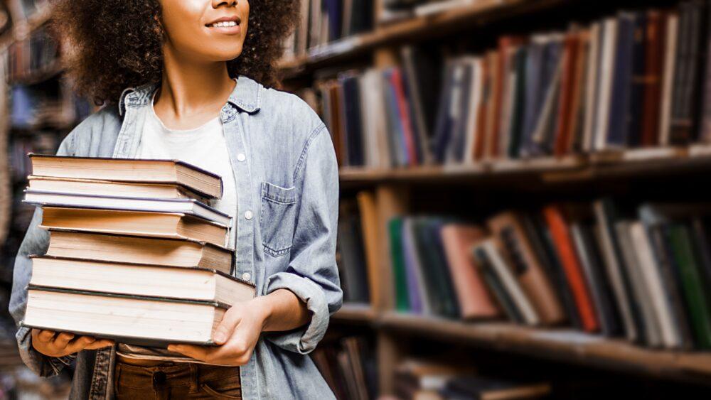 Print Books Versus E-Books